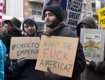 Protesteerders buiten de Inauguratie 2017 van Donald Trump ` s Royalty-vrije Stock Afbeeldingen