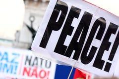 Protesten anti-NAVO in Lissabon stock afbeeldingen