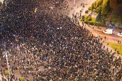 Protesten in Boekarest voor Colectiv-slachtoffers Royalty-vrije Stock Fotografie