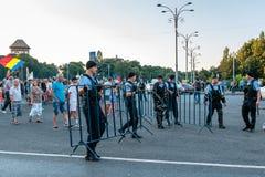 Protester i Bucharest Rumänien mot den korrumperade regeringen - Augusti/11/2018 Royaltyfri Bild