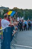 Protester i Bucharest Rumänien mot den korrumperade regeringen - Augusti/11/2018 Royaltyfri Fotografi