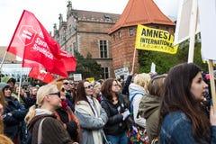 Protestera mot anti--abort lag i Polen, Gdansk, 2016 04 24, Arkivfoton