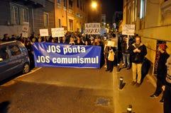 Protestera mot premiärministern Victor Ponta och den rumänska regeringen Fotografering för Bildbyråer