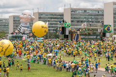 Protesters in Brasilia, Brazil. Brasilia,Brazil March 13th, 2016 Protester calling for the impeachment of President Dilma Rousseff and an end to the corruption Stock Photo