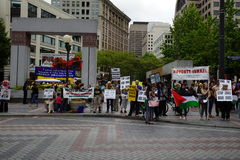 Protesters for palestine disputing Israel Royalty Free Stock Image