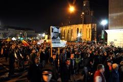 Protestez avant le deuxième rond des élections présidentielles que les citoyens protestent contre le candidat socialiste, Victor  Images libres de droits