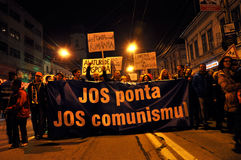 Protestez avant le deuxième rond des élections présidentielles que les citoyens protestent contre le candidat socialiste, Victor  Image stock
