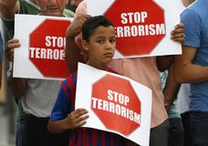 Protestez contre des attaques terroristes sur le Ramblas de Barcelone image libre de droits