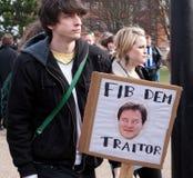 Protestez la conférence BRITANNIQUE de LibDem ; coupures condamnées Photos stock