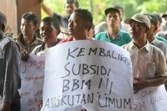 Protestieren Sie gegen die Politik der Regierung, um Kraftstoffpreise zu erhöhen Stockfoto