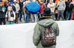 Protestierender erfasst bei Kleber Square, der den Winkel des Leistungshebels der Regierung protestiert Lizenzfreies Stockfoto
