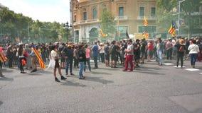 Protestierender in im Stadtzentrum gelegenem Barcelona stock footage