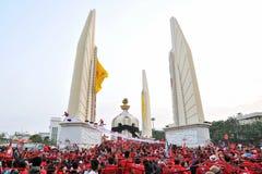Protesto da Vermelho-Camisa imagens de stock
