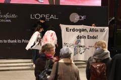 Protesto de Efrîn no Berlinale fotos de stock