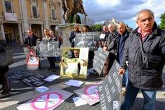 Protesto de pintores da rua em Roma Fotografia de Stock Royalty Free