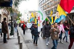 Protestors en Atenas céntrica Fotos de archivo libres de regalías