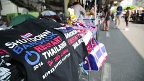 Protestos da parada programada de Banguecoque, Tailândia vídeos de arquivo