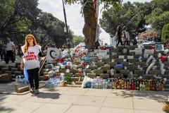 Protestos e eventos do parque de Taksim Gezi Os primeiros socorros dos protestadores, Fotografia de Stock Royalty Free