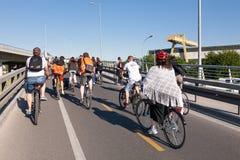 Protestrit van fietsers door de straten van Belgrado 4 Royalty-vrije Stock Foto