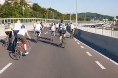Protestrit van fietsers door de straten van Belgrado 7 Royalty-vrije Stock Afbeeldingen