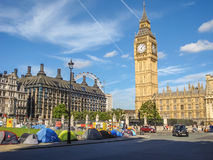 Protests and supporters pitch up tents at Parliament Square, Lon Stock Photo