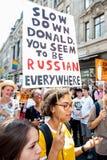 Protestujący biorą ulicy Londyn protestować Donald atutu wizytę obraz stock
