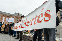 Protestujący zbierający przy Kleber rzędu Kwadratowymi protestującymi śliwkami Zdjęcie Stock