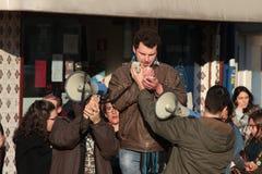 Protestujący na kobiety ` s Marzec w Portugalia Obrazy Royalty Free