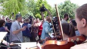 Protestverzameling van de creatieve intelligentsia stock footage