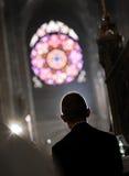 Protetor do papa na igreja fotos de stock royalty free