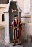Protetor do suíço de Vatican fotos de stock