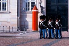 Protetores reais durante a cerimônia de mudar os protetores no s Foto de Stock