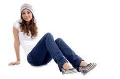 Protezione da portare della ragazza alla moda Fotografie Stock Libere da Diritti