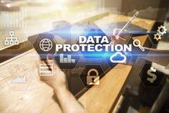 Protezione dei dati, sicurezza cyber, sicurezza di informazioni Concetto di affari di tecnologia Fotografia Stock Libera da Diritti