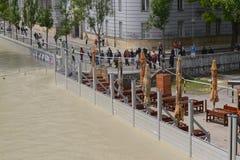 Protezione di inondazione di Bratislava il Danubio Fotografia Stock