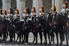 Protezione nazionale italiana di onore durante la cerimonia benvenuta al palazzo di Quirinale fotografie stock