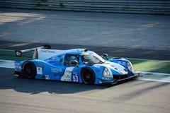 Prototipo automobilistico di sport di Onroak nell'azione fotografie stock
