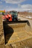 Prova su strada del trattore dell'aratro Tjumen' La Russia Immagini Stock