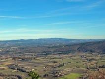 Provancal-Landschaftslandschaft zur Sonnenuntergangzeit im Winter, Vaucluse, Provence, Süd-Frankreich stockfotos