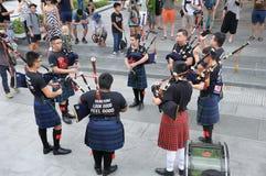 Provare della banda di musica del suonatore di cornamusa di giorno del ` s di San Patrizio Fotografia Stock