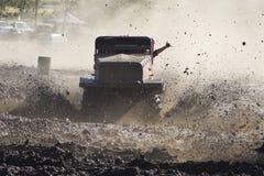 Prove del fango fuori dalla vittoria di corsa di strada Fotografia Stock Libera da Diritti