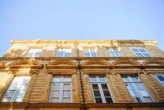 Provence-Fassadengebäude Stockbilder