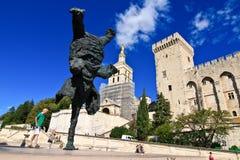PROVENCE, FRANKREICH, 2012: Avignon-Palast, der alte päpstliche Wohnsitz Stockbild