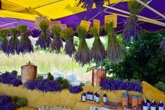 Provence, Frankreich - Straßenmarkt Stockfotos