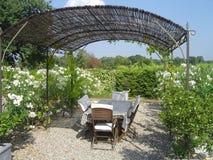 Provence Frankrike trädgårdsikt Arkivbild