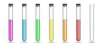Provette di vetro messe con liquidi colorati, tappo di gomma nero di chiusura Attrezzatura chimica per lavoro in laboratorio immagine stock
