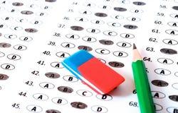 Provi il modulo di risposta con la matita Conce di istruzione della prova dell'esame Fotografie Stock Libere da Diritti