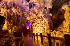 Provincia de Guangxi de la cueva de la corona Fotos de archivo