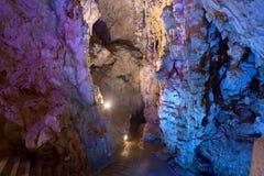 Provincia de plata de Guangxi del yangshuo de la cueva Fotos de archivo libres de regalías