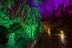Provincia de plata del guangxi del yangshuo de la cueva Foto de archivo